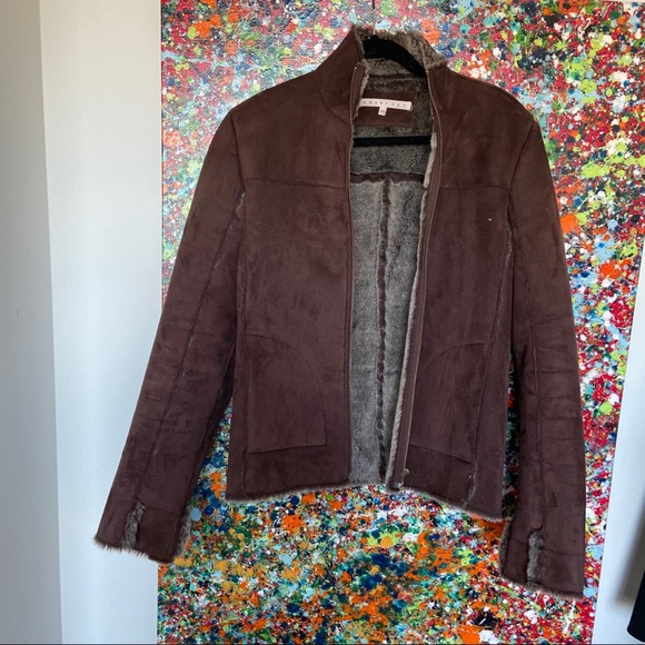 Fashionable fitted jacket